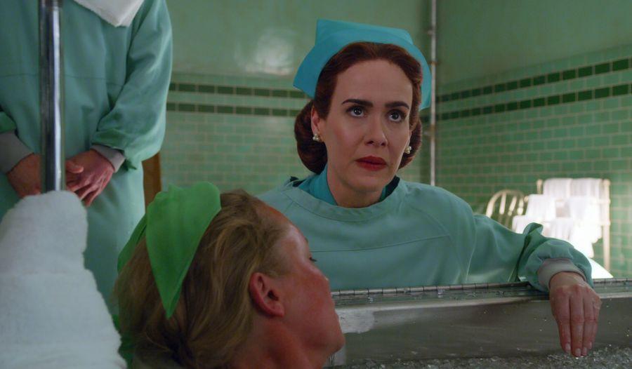Netflix《拉契特黯衣天使》9大看點&劇情:殺人護士或許是善良的