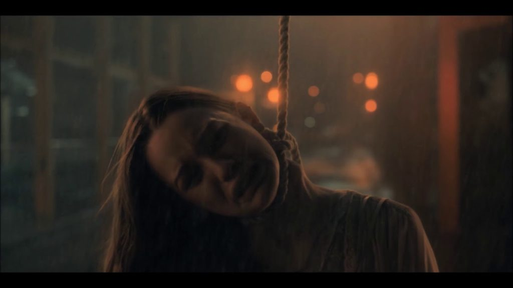 《鬼入侵第一季》第5集劇情分析心得:斷頸女士真實身分?
